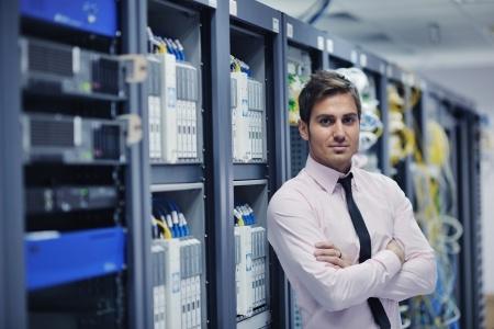 Instalação e Configuração de Serviços Linux